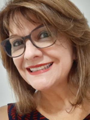 Cecília Lemes
