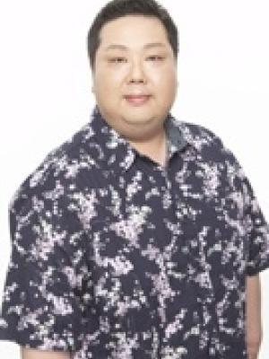 Eisuke Asakura